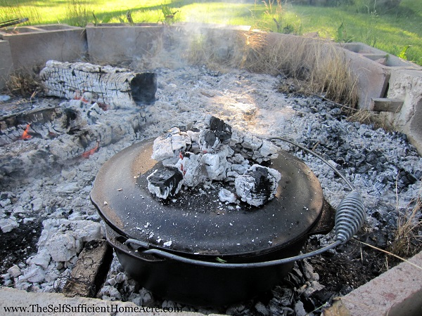 Dutch Oven with hot coals