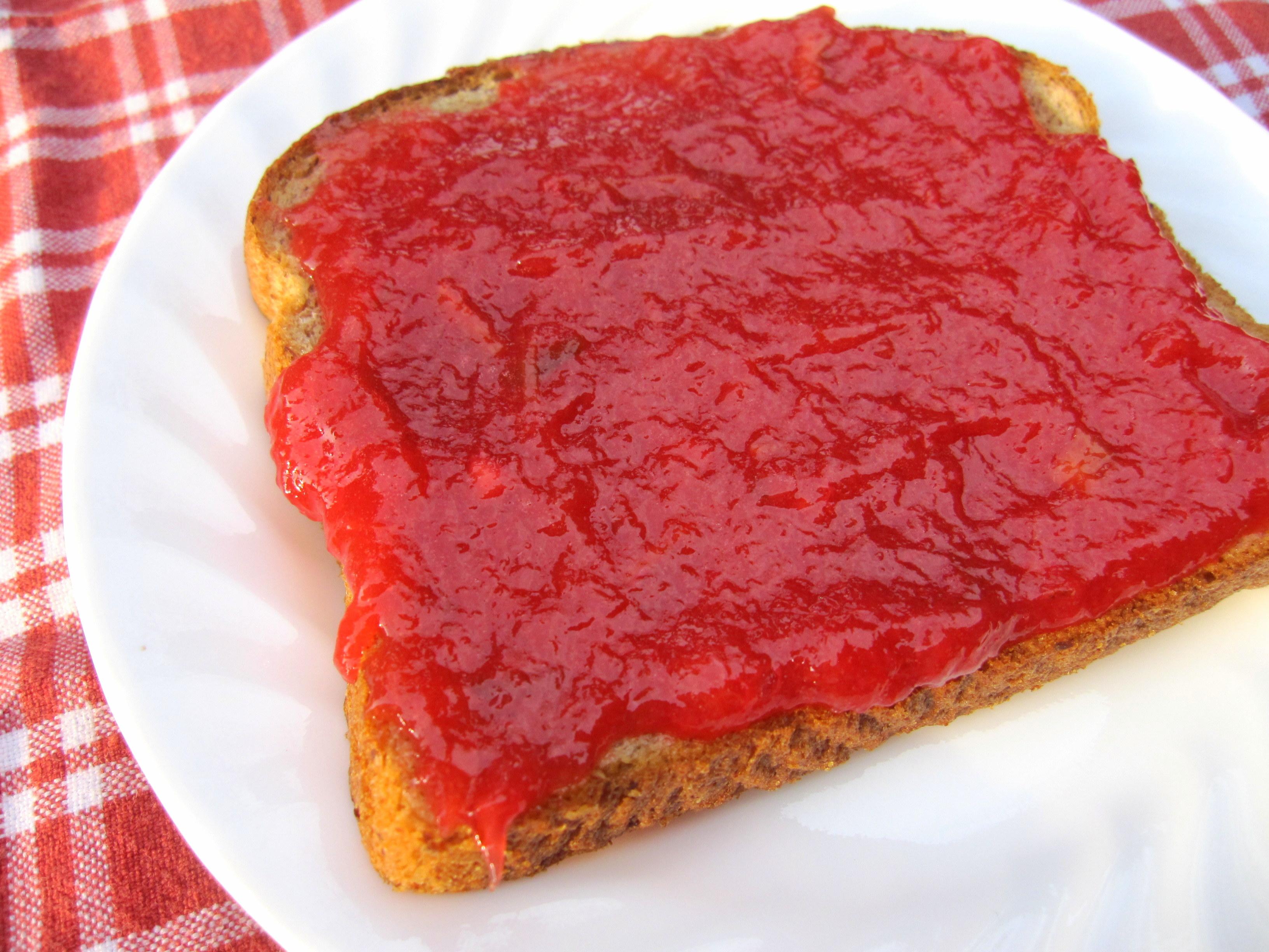 Strawberry Rhubarb Freezer Jam 2