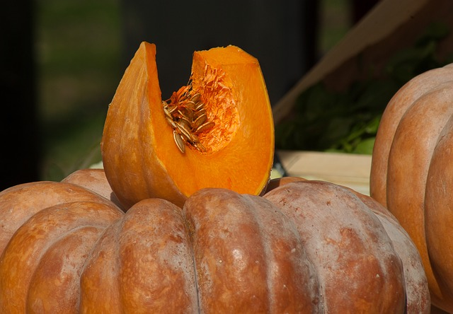 How to Freeze or Can Pumpkins and Winter Squash