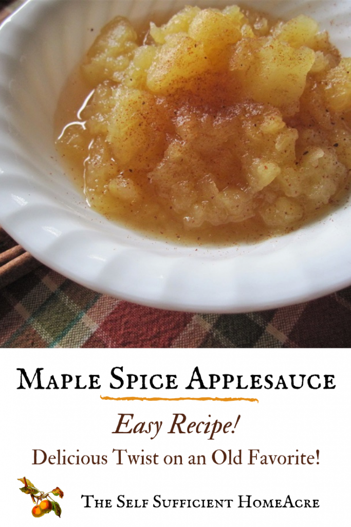 This Maple Spice Applesauce Recipe is a delicious way to enjoy a bounty of apples! It makes a great #FallRecipe #Apples never tasted better!
